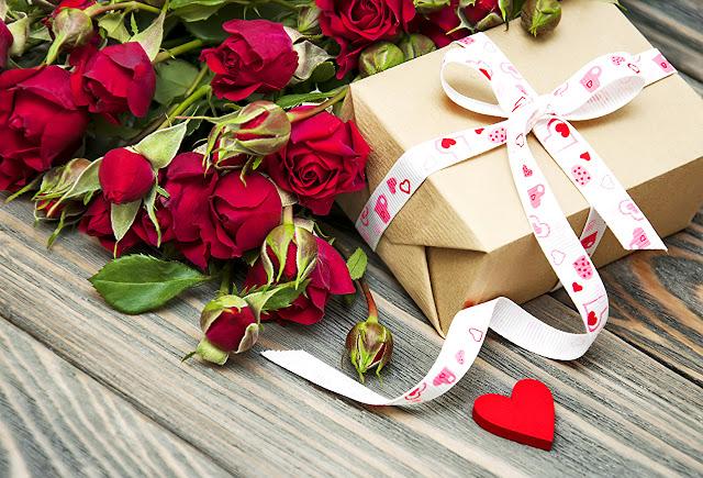 , Розы и знаки зодиака: что кому дарить, астрология, цветочный гороскоп, какие розы вручить, цветы в подарок, гороскоп, цветы по гороскопу, подарки для знаков зодиака, как выбрать цветы, как выбрать розы, цветы по зодиаку, цветы на день рождения, цветы на юбилей, какие цветы дарить на день рождения, какие цветы дарить на юбилей, какие цветы дарить на свадьбу,