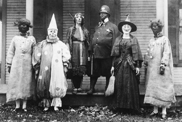 Реальные страшные клоуны в фотографиях фото клоунов, фотографии, фотографии ретро, страшные клоуны, ужасы, реальность, Хэллоуин, цирк, развлечения, про клоунов, на Хэллоуин, костюмы на Хэллоуин, 31 октября, Хэллоуин, развлечения на Хэллоуин, вечеринка на Хэллоуин, Хэллоуин для детей, Хэллоуин для взрослых, про артистов, про цирк, цирк старинный, костюмы клоунов, Halloween, All Hallows' Eve, All Saints' Eve,