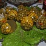 Заливные яйца. Рецепты, советы, идеи
