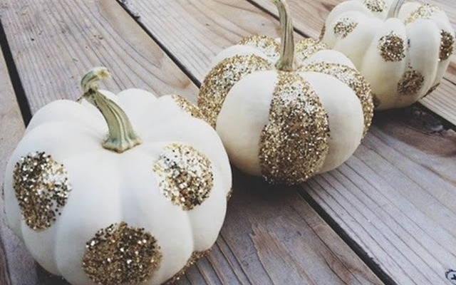 Хэллоуин, 31 октября, Halloween, All Hallows' Eve, All Saints' Eve, тыквы на Хэллоуин, декор тыквы на Хэллоуин, украшение тыквы на Хэллоуин, декорирование тыквы, мастер-классы на Хэллоуин, как украсить тыкву на Хэллоуин, варианты декора тыквы, шикарные праздничные тыквы, День Благодарения, праздник урожая, тыквы на День благодарения, тыквы на Праздник урожая, тыквы для интерьера, декор интерьера на Хэллоуин, оформление интерьера тыквами, тыквы в интерьере,