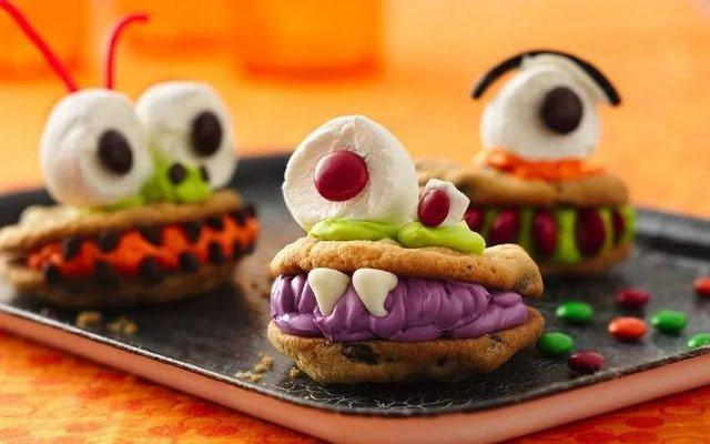 рецепты на Хэллоуин, Halloween, All Hallows' Eve, All Saints' Eve, десерты на Хэллоуин, сладости на Хэллоуин, сладкий стол на Хэллоуин, лакомства на Хэллоуин, торты на Хэллоуин, печенье на Хэллоуин, оформление десертов на Хэллоуин, оформление сладостей на Хэллоуин, декор блюд на Хэллоуин, оформление Хэллоуинских блюд, праздничный стол на Хэллоуин, угощение для гостей на Хэллоуин, кухня монстров, кухня ведьмы, еда на Хэллоуин, рецепты на Хллоуин, блюда на Хэллоуин, оладьи, оладьи из тыквы, тыква, праздничный стол на Хэллоуин, рецепты, рецепты кулинарные, рецепты праздничные, оладьи, тыквенные блюда, блюда из тыквы, как приготовить тыкву, Хэллоуин, на Хэллоуин, из тыквы, что приготовить на Хэллоуин, страшные блюда, блюда-монстры, 31 октября, праздники осенние, Кошмарное меню на Хэллоуин или Кухня ведьмы (выпечка), Хэллоуин, блюда на Хэллоуин, рецепты на Хэллоуин, праздничные блюда, оформление блюд на Хэллоуин, праздничный стол на Хэллоуин, блюда-монстры, меренги, безе, сладости, сладости на Хэллоуин, десерты на Хэллоуин, блюда мз яиц, блюда из белков, печенье на Хэллоуин, торты на Хэллоуин, напитки на Хэллоуин, десерты на Хэллоуин, выпечка на Хэллоуин, рецепты напитков, рецепты десертов,