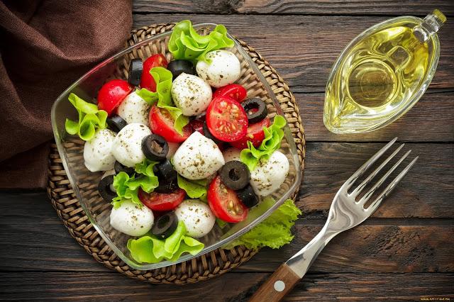 Салаты в ассортименте! Коллекция рецептов и немного об оформлении и подаче салатов