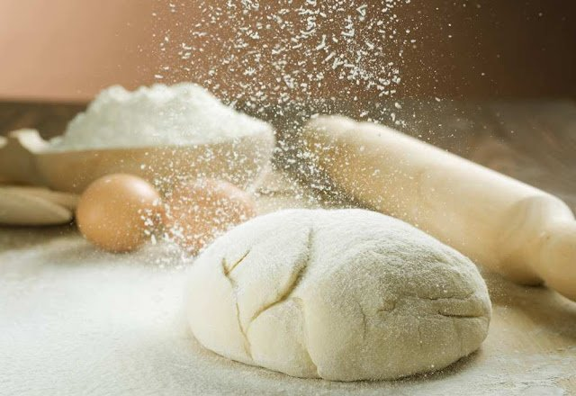 тесто, тесто для пиццы, из муки, для выпечки, для пиццы, пицца, дрожжи, тесто дрожжевое, тесто пресное, тесто дрожжевое, тесто для хлеба, тесто для пирожков, рецепты теста, еда, кулинария, рецепты, приготовление теста,