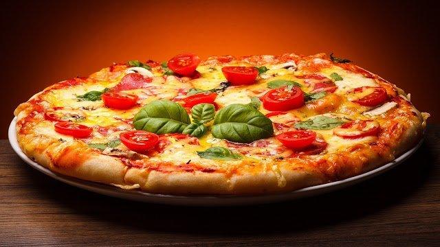 тесто, тесто для пиццы, из муки, для выпечки, для пиццы, пицца, тесто дрожжевое, тесто пресное,, приготовление пиццы, еда, кулинария, про пиццу, рецкпты пиццы, пицца на сковороде, пицца в духовке, интересное про пиццу, факты про пиццу, кухня итальянская,
