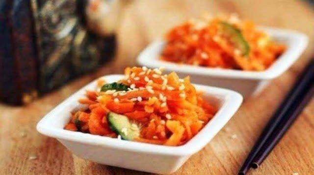 салаты, салаты по-корейски, закуски по-корейски, закуски, овощи, грибы, салаты овощные, салаты острые, закуски острые, рецепты корейской кухни, кухня корейская, салаты азиатские, кухня азиатская, домашние заготовки, рецепты кулинарные, рецепты, еда, кулинария, Корея, салаты маринованные, овощи маринованные, овощи острые, закуски острые, Салаты по-корейски: коллекция рецептов советов и секретов, http://prazdnichnymir.ru/,