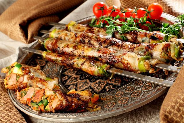шашлык, рецепты кулинарные, еда, из мяса, блюда из мяса, блюда на шампурах, шашлык в кастрюле, шашлык заранее, рецепты шашлыка, из баранины, блюда для пикника, Готовим шашлыки заранее:рецепты и советы, http://prazdnichnymir.ru/,