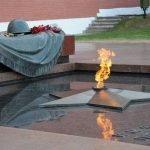 У Вечного Огня - стихи ко Дню Победы