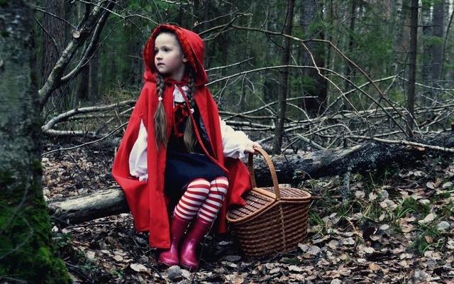 Костюи Красной Шапочки для детей и взрослых
